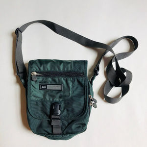 REI cross body travel bag purse